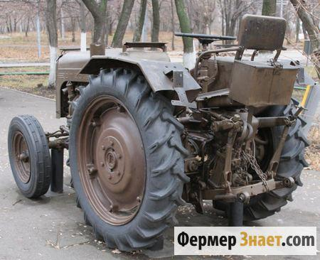 Трактор без кабины