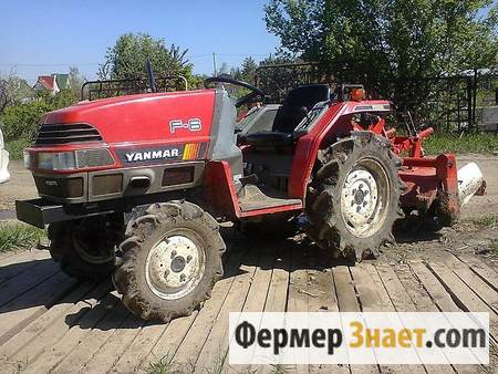 Трактор на подворье