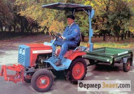Мини-трактор с прицепом