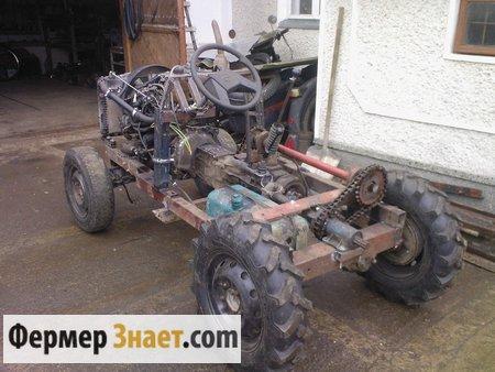 Мини-трактор в процессе сборки