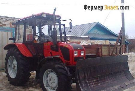 Бульдозерный отвал на тракторе