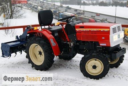 Мини-трактор спочвофрезой