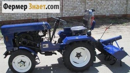 Трактор с почвофрезой