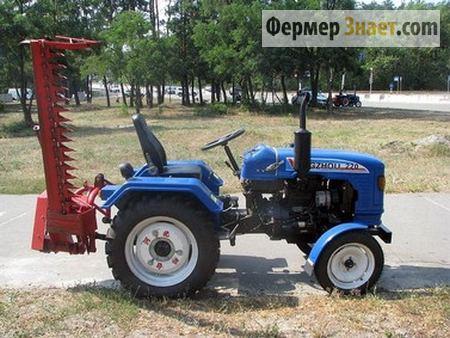 Мини-трактор с косилкой