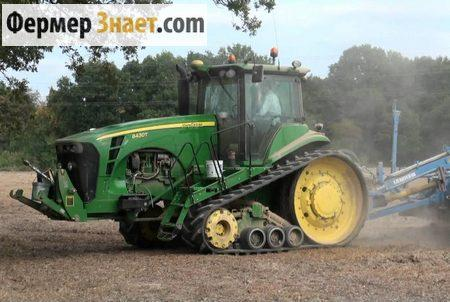 Гусеничный трактор John Deere 8430 T